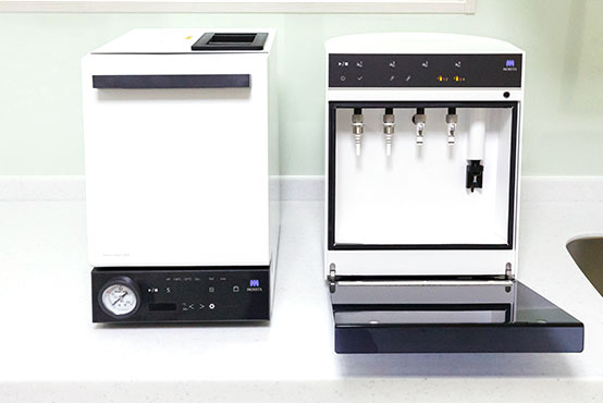 ハンドピース自動注油器